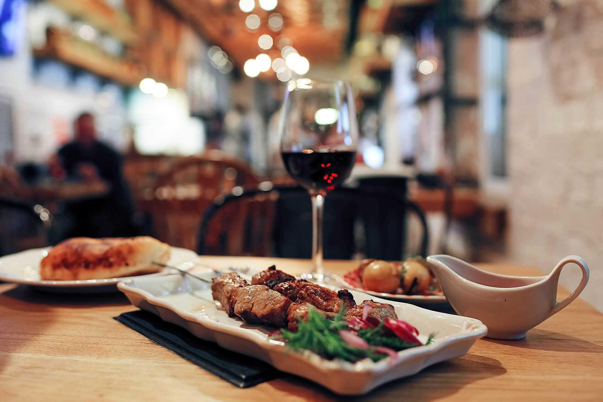 Рестораны и бары, отель Риксос Прикрпатье