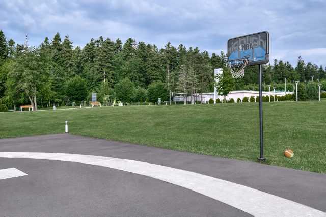 Площадки для игр, Риксос Прикарпатье