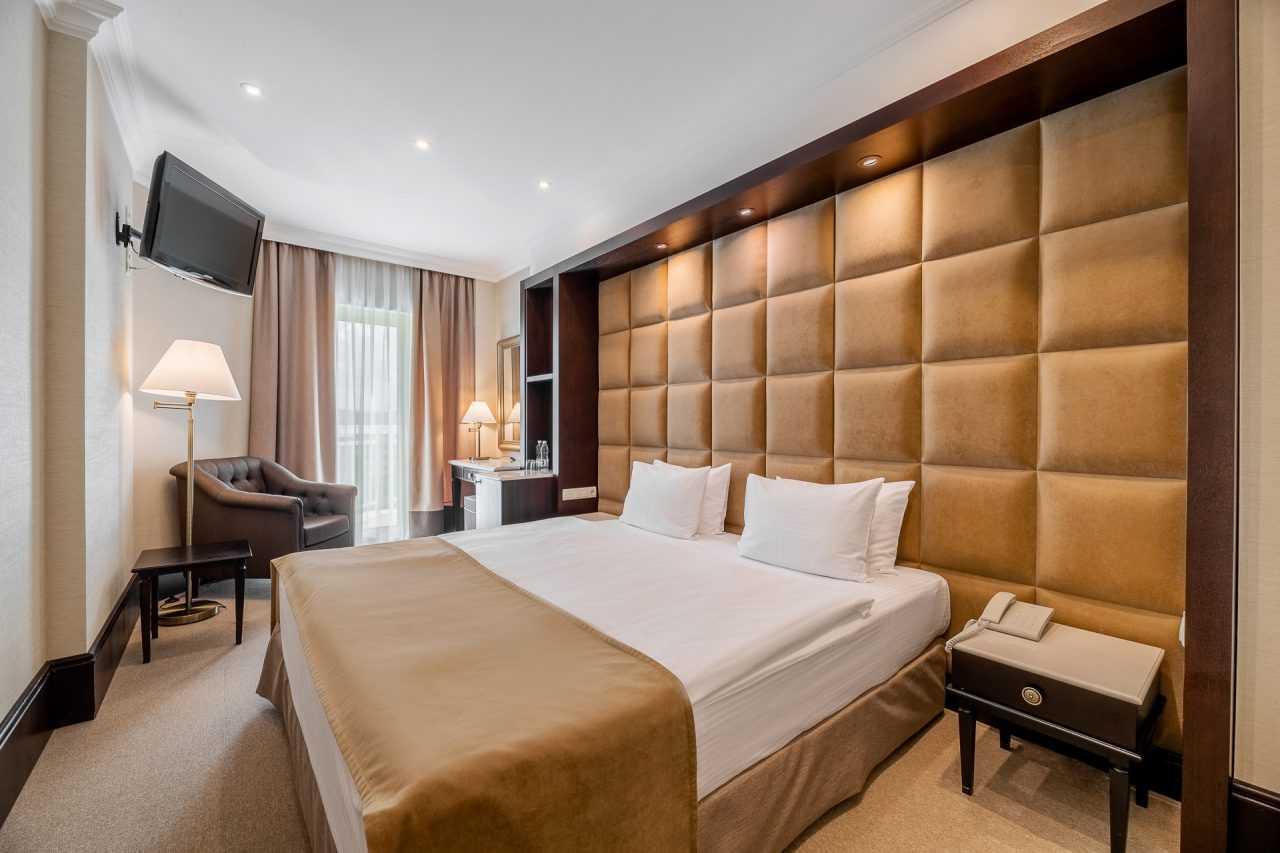 Booked a room, Rixos Prykarpattya