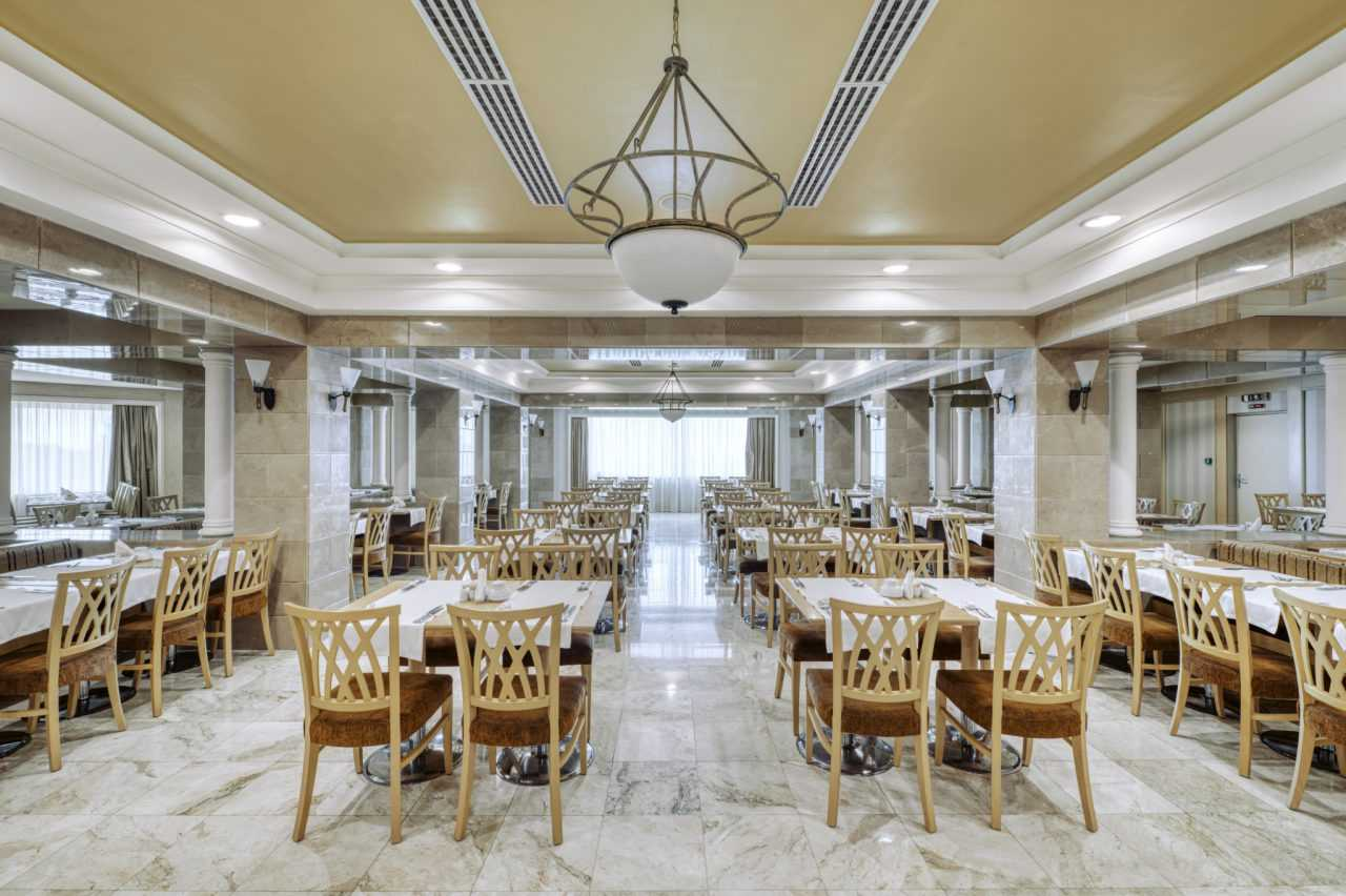 The biggest restaurant in the hotel Rixos