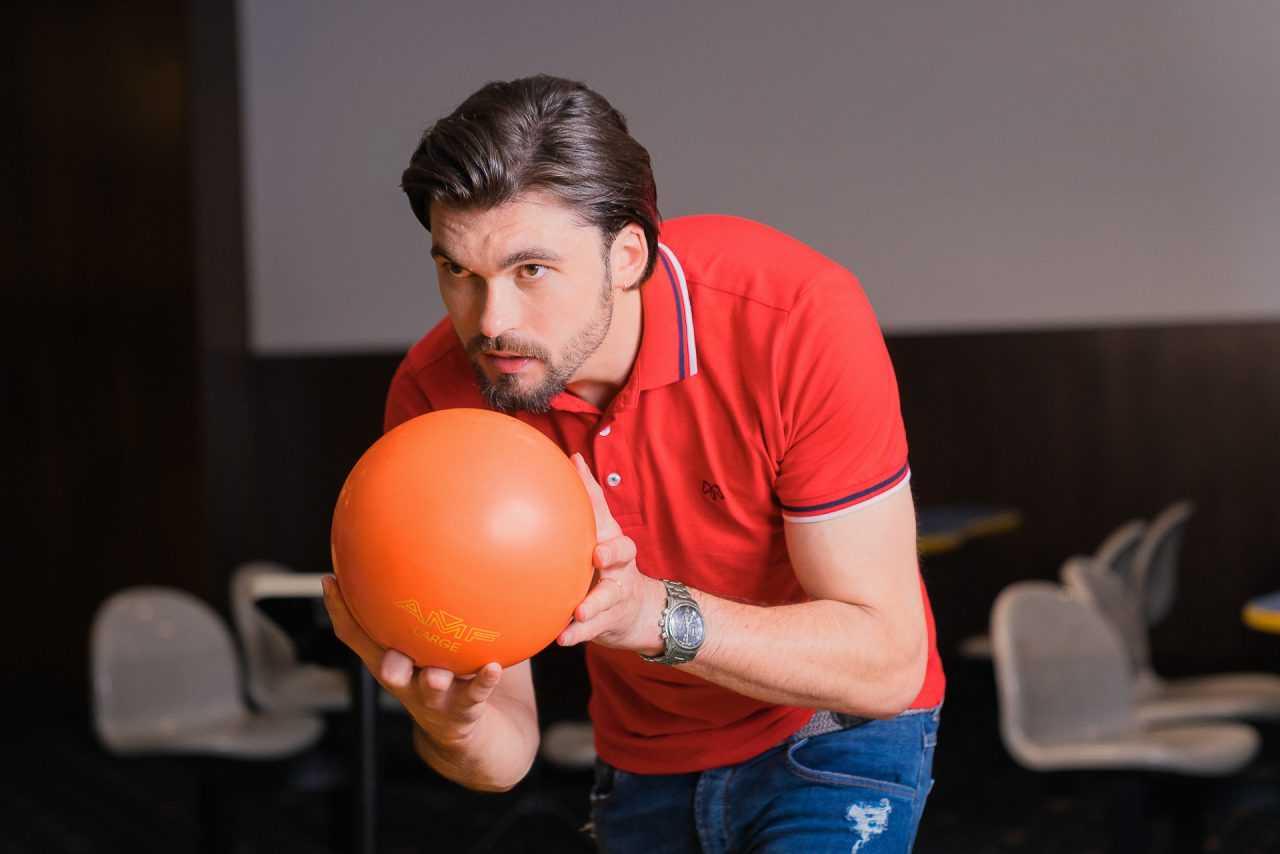 Боулінг в розважальному центрі Ріксос