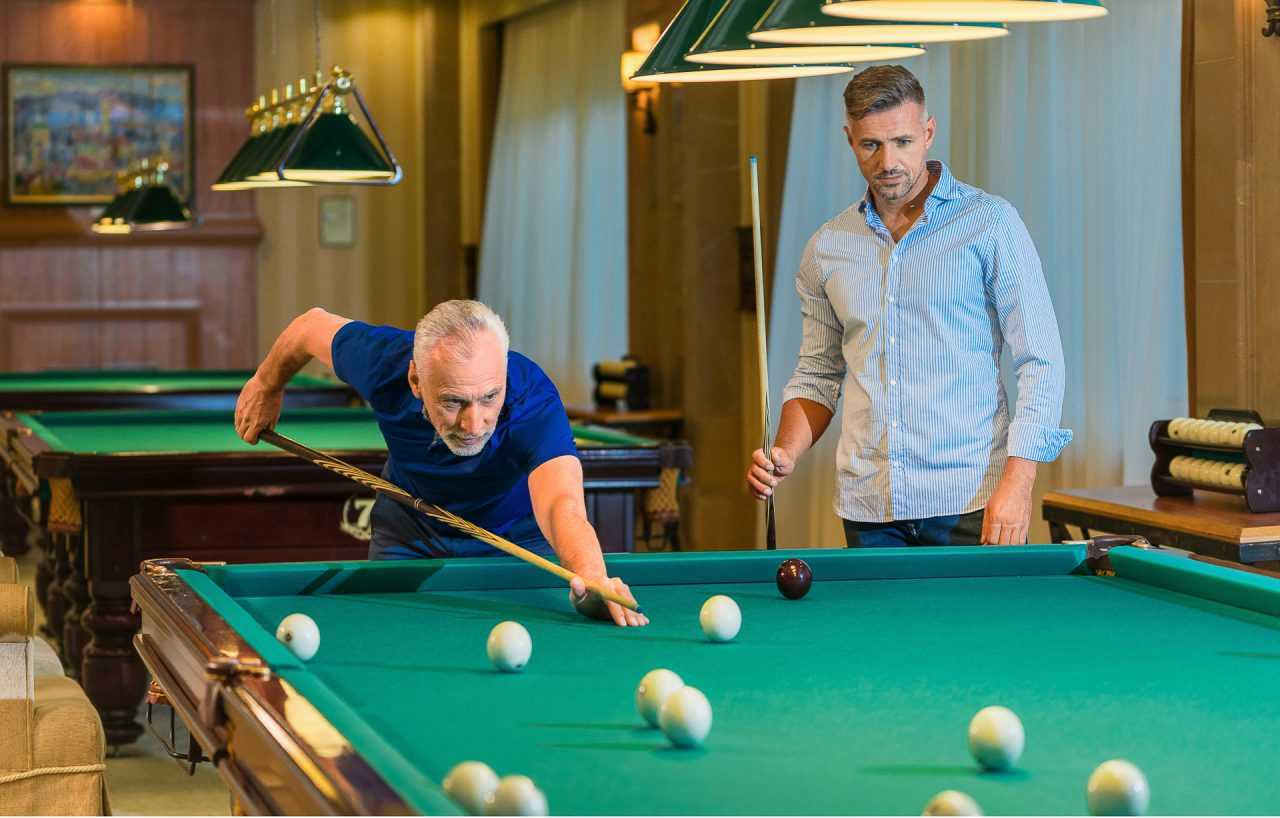 playing Russian billiards, hotel Rixos