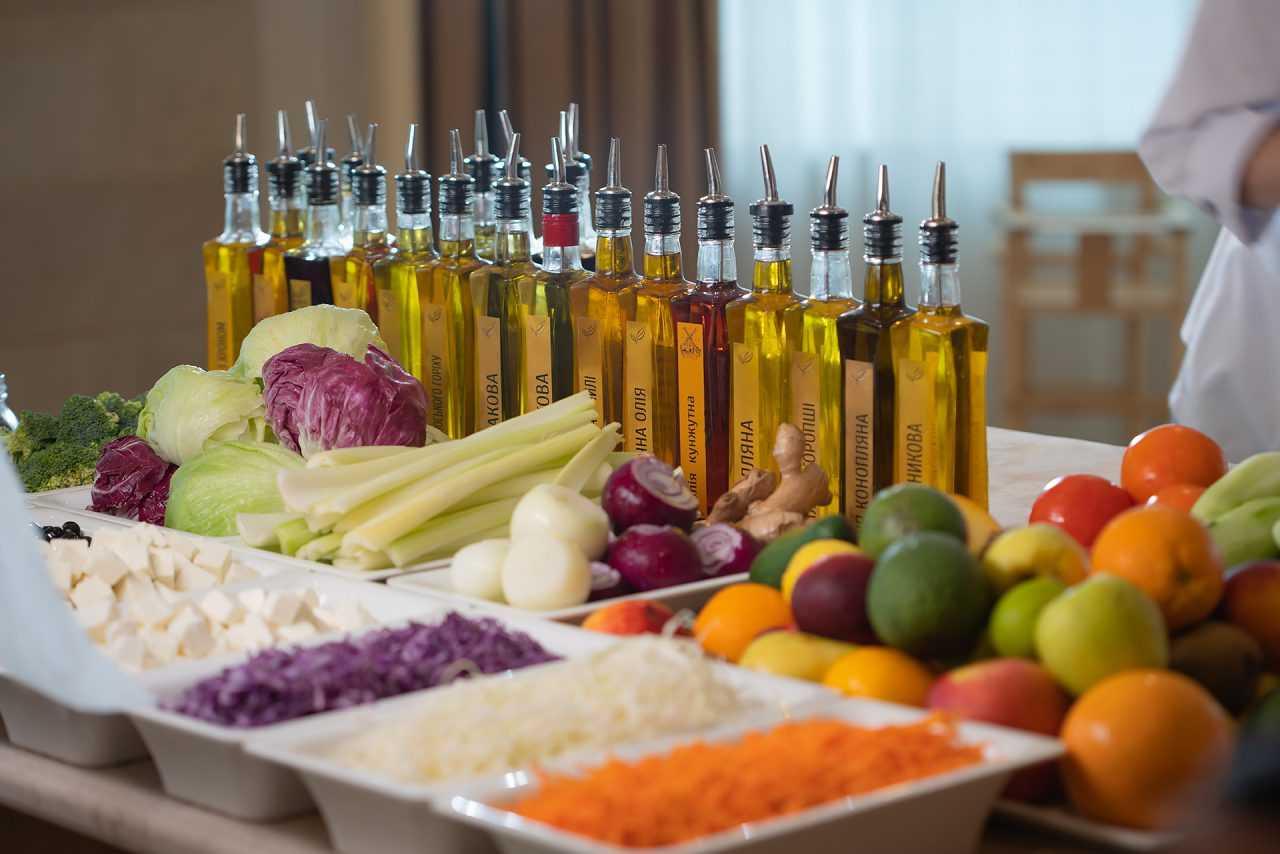 Фрукти та овочі, готель Ріксос