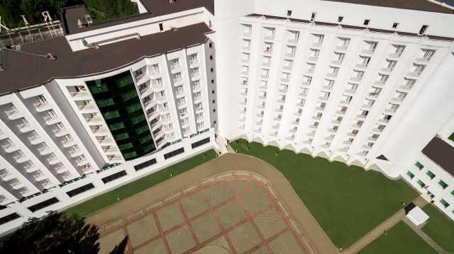 Готельний комплекс Rixos Prykarpattya