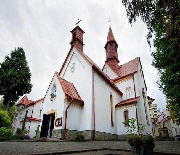 Польский костел Трускавец